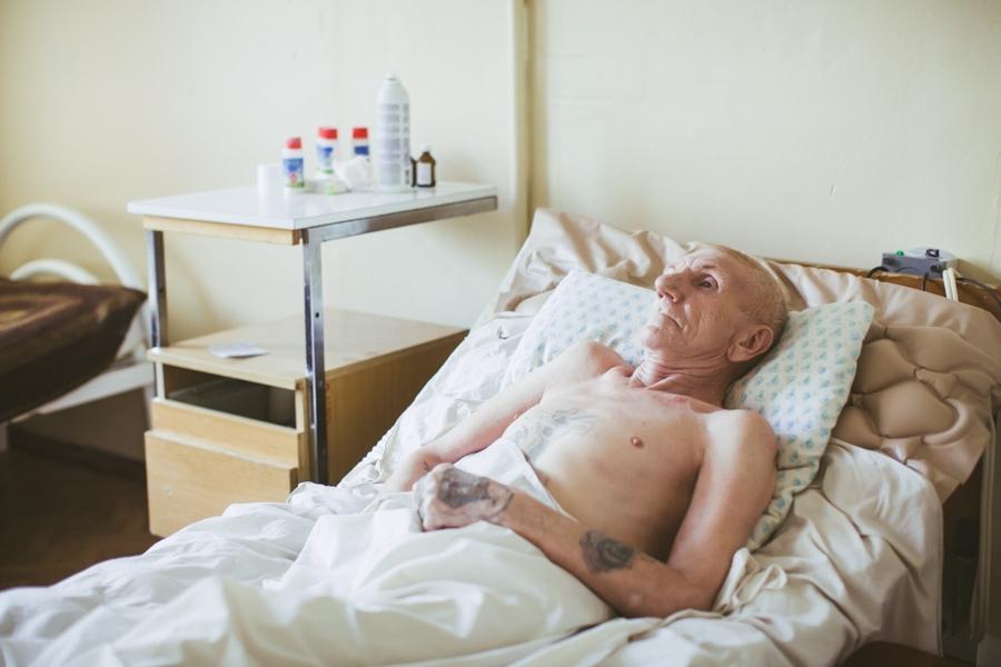 http://rezvaya.com/files/gimgs/th-27_2016_Katya_Rezvaya_hospital-010.jpg